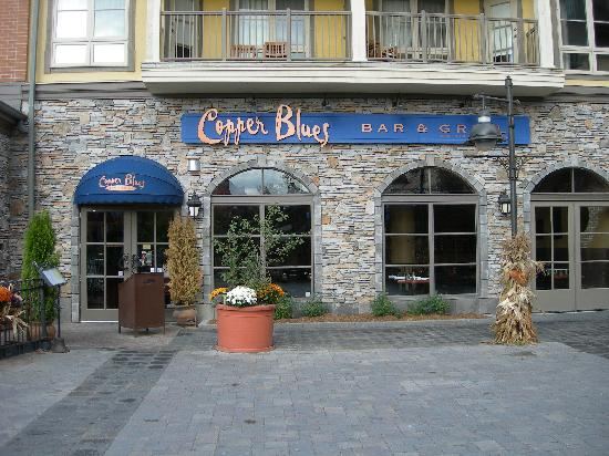 Blue Mountain Rivergrass: Copper Blues Bar & Grill