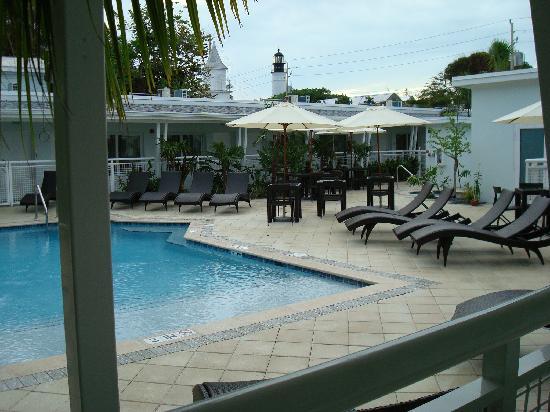 Orchid Key Inn : Pool area