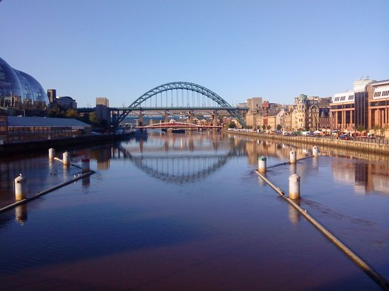 Newcastle upon Tyne, UK : The Tyne Bridge