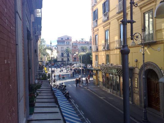 Casa Sorrentina: Corso Italia visto dalla finestra