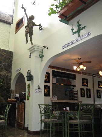 Hotel Don Carlos: Lounge area