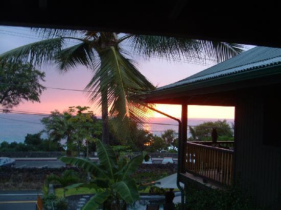 Kona Sugar Shack: View from Ocean Suite Veranda.
