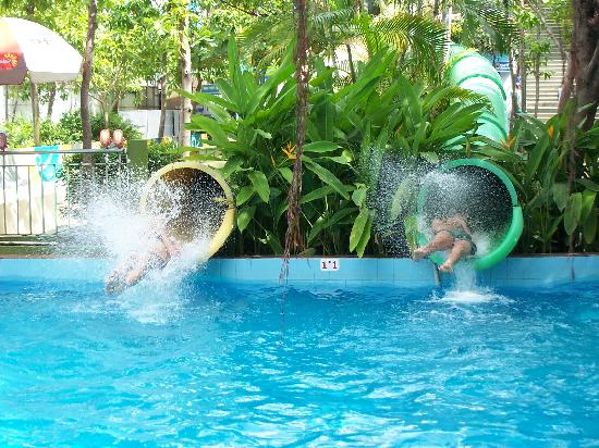 Dam Sen Water Park: one of the many water slides