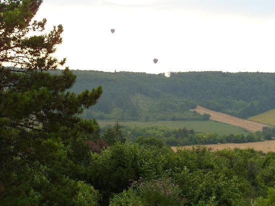 Vezelay, Prancis: vue sur jardin