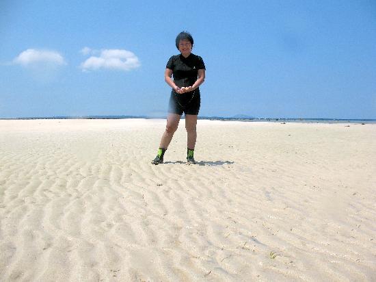 Bunaken Cha Cha Nature Resort: CHA CHA BEACH-46