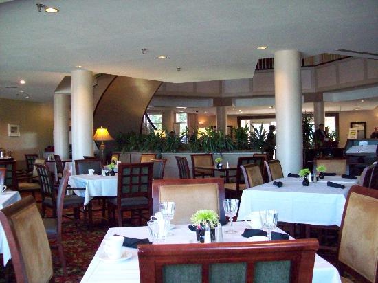 Sheraton-Dining Room - Picture of Sheraton Portsmouth Harborside Hotel - Tripadvisor