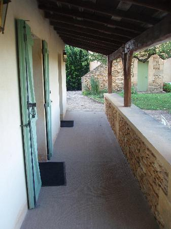 Hotel de la Ferme Lamy : Outside Some Rooms