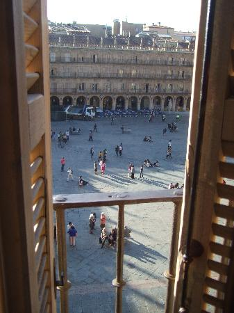 Los Angeles Plaza: View of Plaza Mayor from  the window of Room 11