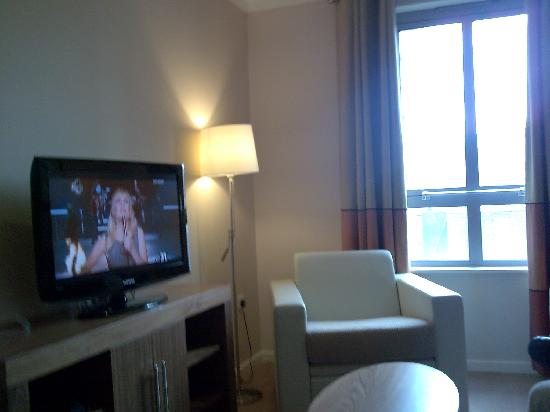 Staybridge Suites Liverpool: lounge