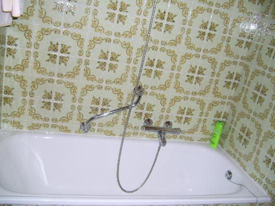 Hotel Crystal: baño