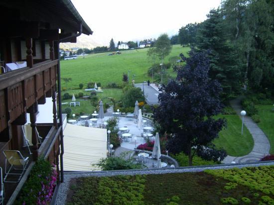 Hotel Crystal: jardines vistas