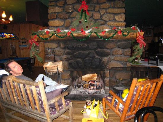 Montana Jack's: That fireplace in Montana Hannas