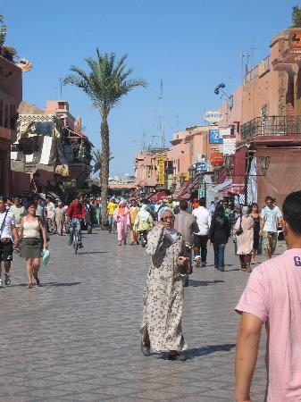 Grand Hotel Tazi: on the road to marrakesh