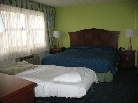 Cot in master bedroom - Picture of Wyndham Skyline Tower, Atlantic ...