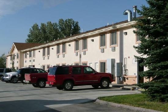SureStay Plus Hotel Buffalo: Rückansicht Gästebereich