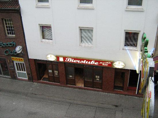St. Joseph Hotel: Fensterblick III