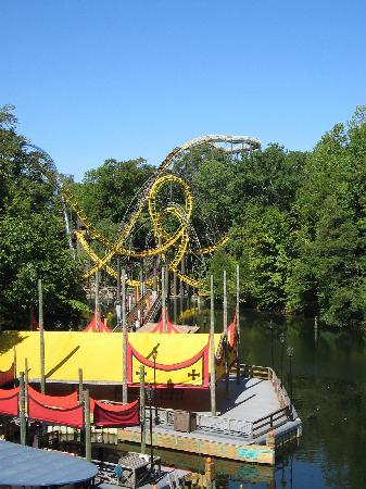 The Loch Ness Monster Roller Coaster Picture Of Busch Gardens Williamsburg Williamsburg
