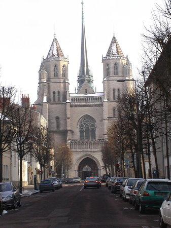 Cathedrale Saint-Benigne de Dijon