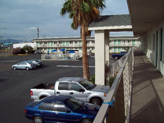 "Motel 6 Phoenix Airport - 24th Street: The View From The ""Terrace"""