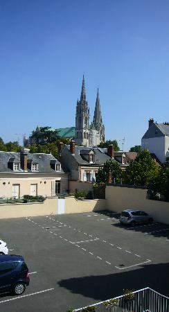 Timhotel Chartres Cathedrale: View from hotel room