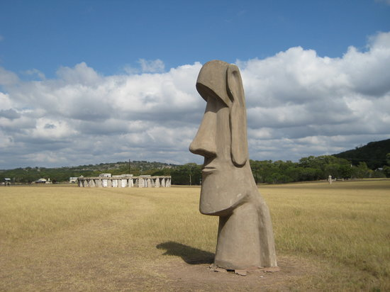 Ingram, Τέξας: Stonehenge II