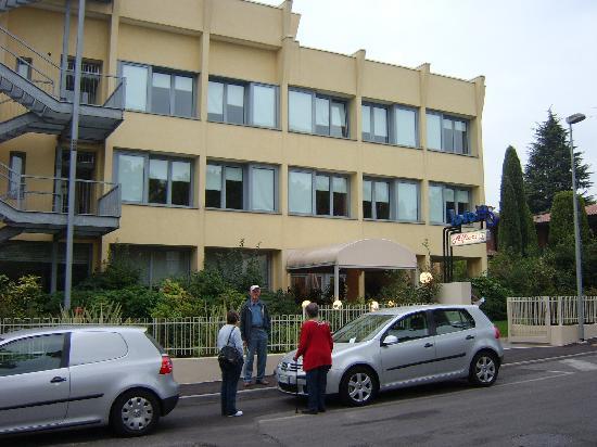 Hotel Alfieri: Hotelansicht