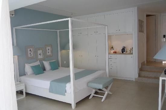 Sani Club: junior suite (after restyling)