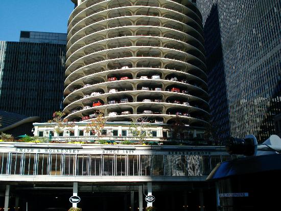 Condos Parking Tower Marina City Picture Of Chicago S