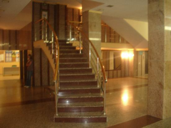 Natali Torremolinos : hotel lobby