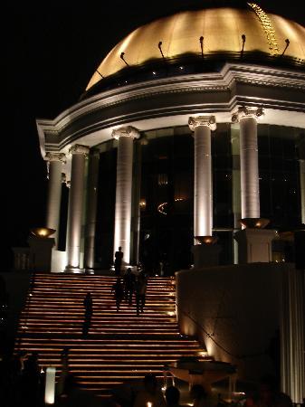 Bangkok trip 2008 - State Dome from Sirocco bar