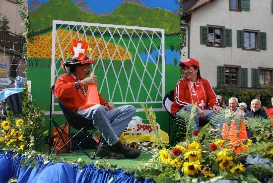 Canton of Schaffhausen, Suíça: Hopp Schwiiz!