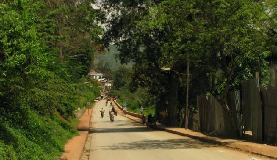 Villa Luang Sokxay: The street