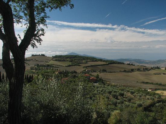Monticchiello, Italy: View from Ostia La Porta