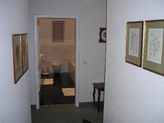 Deidesheimer Hof: Corridor of room 21
