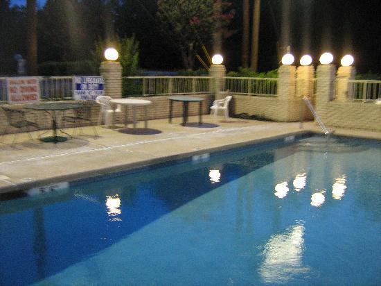 American Inn: pool