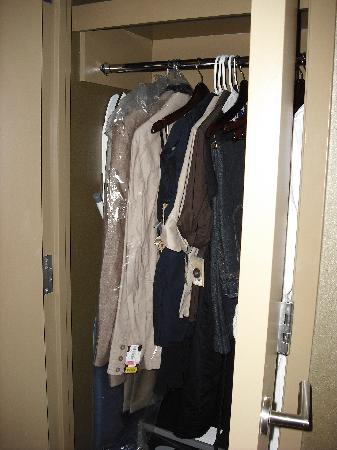 The Westin Huntsville: The small closet