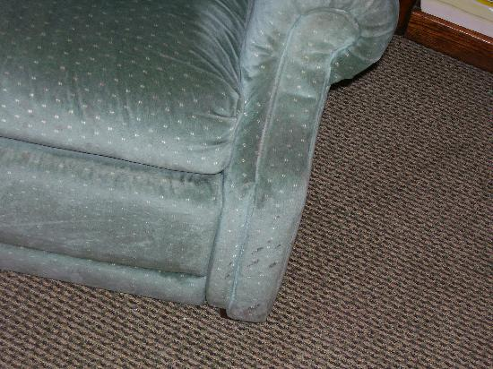 Econo Lodge: Another view of the chair.