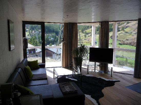 Matterhorn Focus - Design Hotel: Suite pic 3