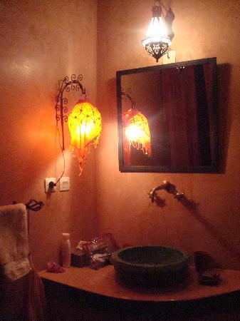 Riad Dalla Santa: The bathroom