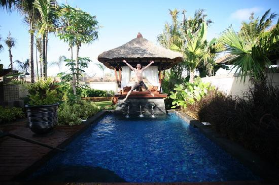 The St. Regis Bali Resort: At the Villa, poolside
