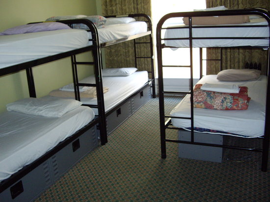Adelaide Hostel: 6-bed dorm
