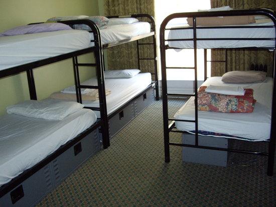 أديلايد هوستل: 6-bed dorm