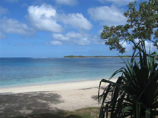 Eratap Beach Resort: Another beach view