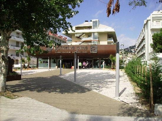 Odissea Park Apartaments: FRONT OF HOTEL