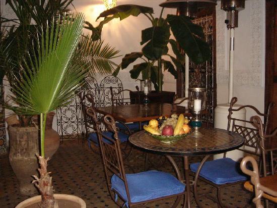 Riad Attarine: Le patio