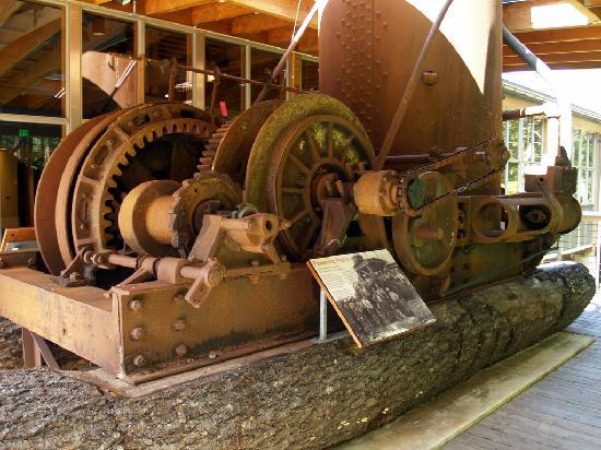 Tillamook Forest Center : old equipment on display