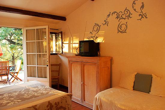 Le Mazet de la Gardy : Room D