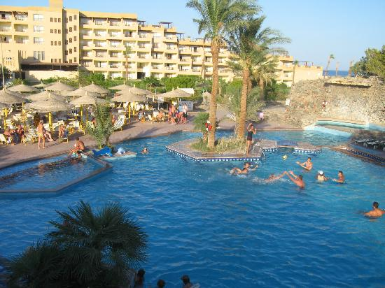 Shams Safaga: view on the hotel swimming pools