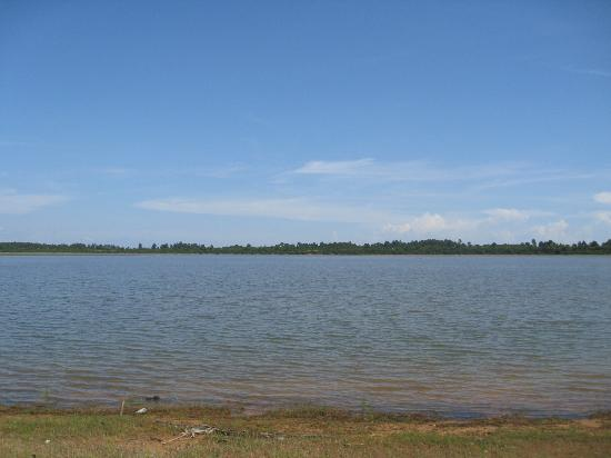 Western Baray : It's an island on its own
