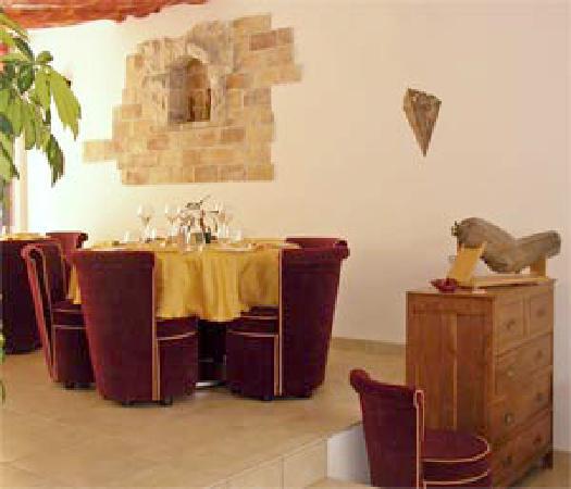 Restaurant Maison Carree: Photo d'une partie de la salle